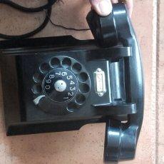 Teléfonos: TELÉFONO DE BAQUELITA ERICSSON CON EL CABLE UN POCO PELADO. Lote 144226061