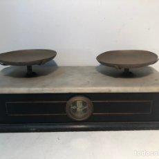 Antigüedades: BALANZA DE MÁRMOL Y MADERA ANTIGUA, SIGLO XIX. Lote 144230422