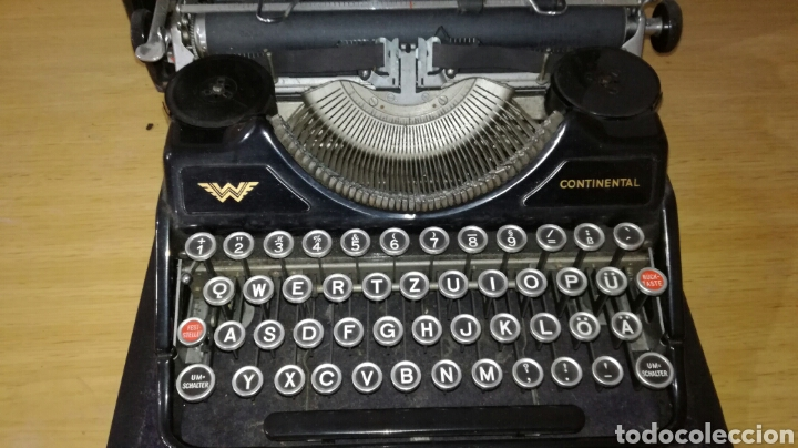 Antigüedades: Máquina de escribir marca continental en buen estado con señales de uso - Foto 3 - 144243090