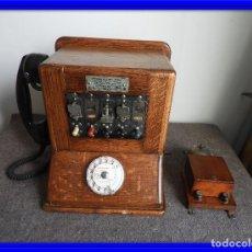 Teléfonos: PRECIOSA CENTRALITA TELÉFONO ANTIGUO COMPLETO EN ROBLE AÑOS 50. Lote 144244886