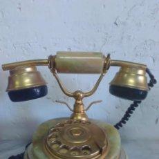 Teléfonos: TELEFONO ONIX O JADE PIEDRA, FUNCIONA. Lote 144440346