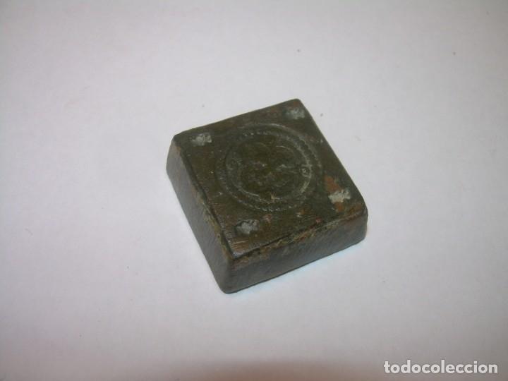 Antigüedades: ANTIGUO PONDERAL DE BRONCE. - Foto 4 - 144561406