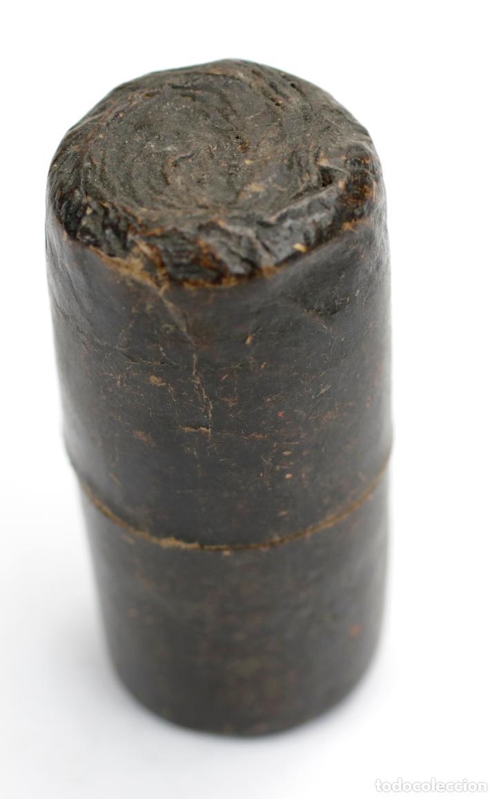 Antigüedades: Pequeño anteojo con estuche en cartón original, principios s. XIX. 17cm abierto. - Foto 9 - 144706482