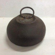 Antigüedades: ANTIGUA PESA DE 5 KILOS. Lote 144878334