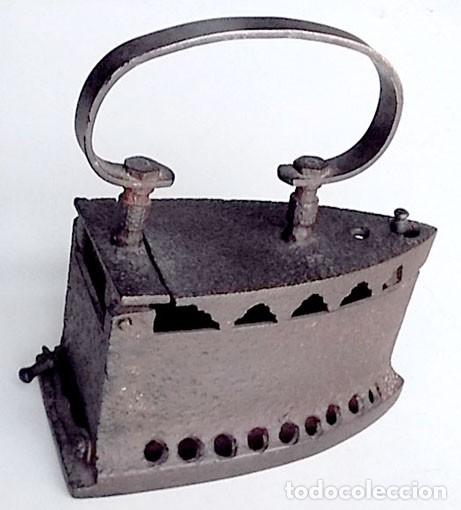 PLANCHA DE HIERRO ANTIGUA (Antigüedades - Técnicas - Planchas Antiguas - Hierro)