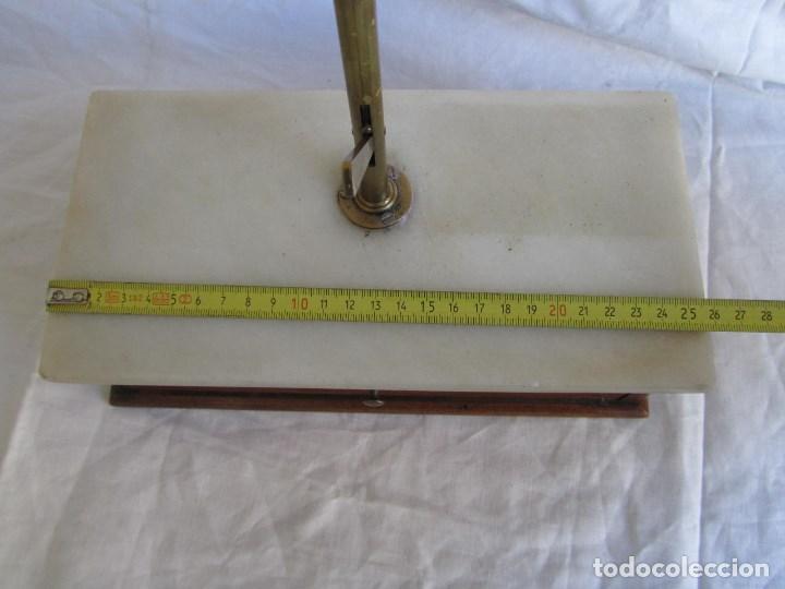 Antigüedades: Base para balanza Giralt Laporta Mármol sobre madera, cajón con pesas - Foto 14 - 145164242