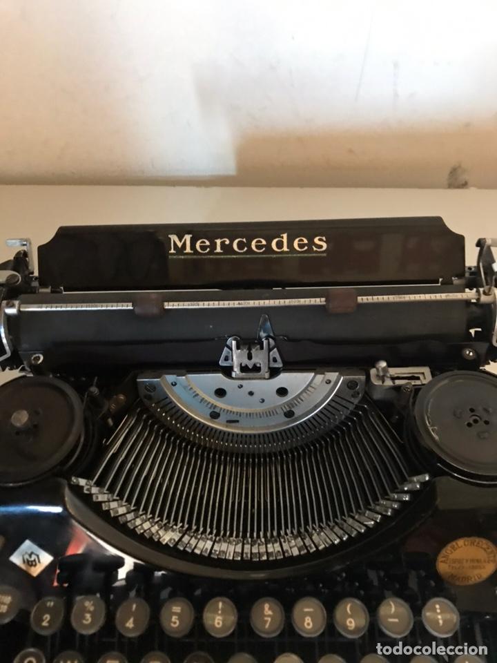 Antigüedades: Antigua máquina de escribir - Foto 2 - 145196034