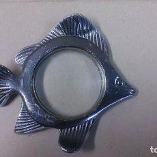 Antiquitäten - Lupa de metal con forma de pez 11x9 ctms - 145356554