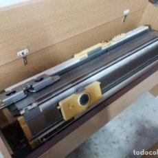 Antigüedades: MAQUINA TRICOTAR EMPÌSAL KNITMASTER 600. Lote 145489570