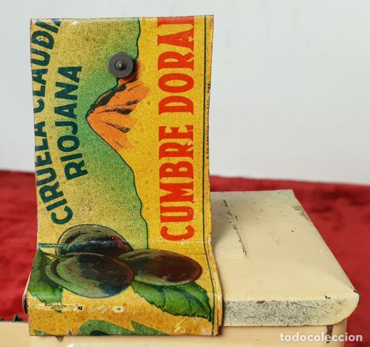 Antigüedades: PROYECTOR DE CINE. MARCA MICRO. HOJALATA. SALVADOR MESTRES. 1950. - Foto 7 - 145728290