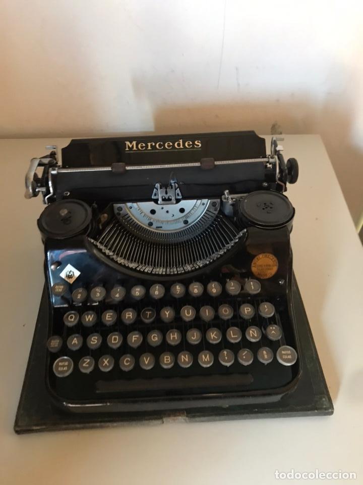 ANTIGUA MÁQUINA DE ESCRIBIR (Antigüedades - Técnicas - Máquinas de Escribir Antiguas - Mercedes)