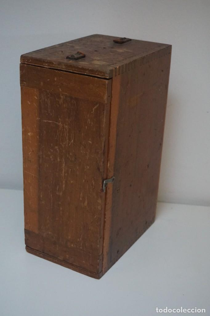 Antigüedades: ANTIGUO MICROSCOPIO INGLÉS 'WATSON & SONS' c.1890 - Foto 2 - 145888350