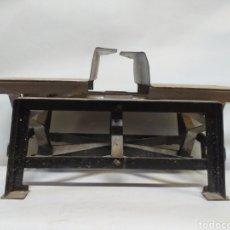 Antiquitäten - Balanza plegable patentada, fuerza 50 kilos. - 145897385