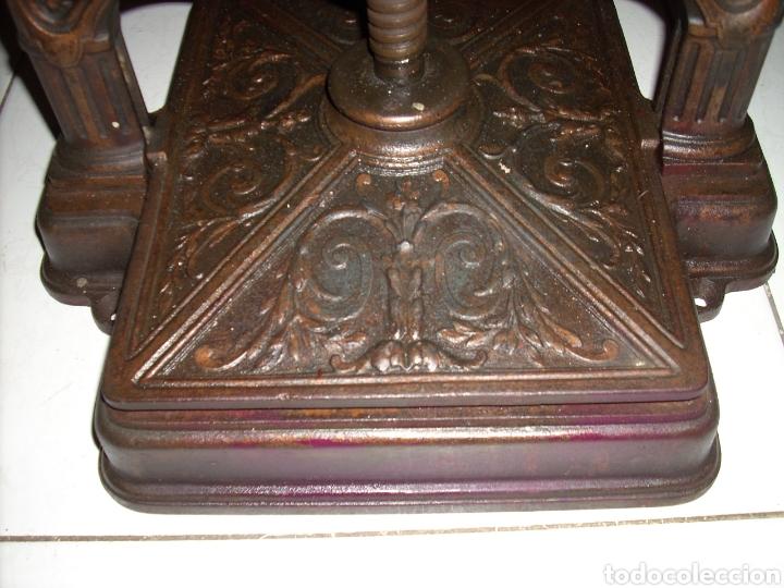 Antigüedades: Excepcinal Prensa de libros muy buen estado,Ver fotos. - Foto 6 - 145907512