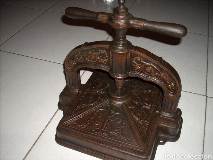 Antigüedades: Excepcinal Prensa de libros muy buen estado,Ver fotos. - Foto 7 - 145907512