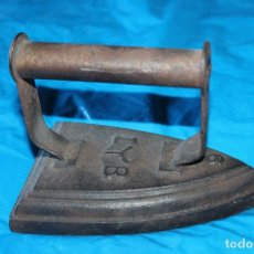 Antigüedades: ANTIGUA PLANCHA DE HIERRO Nº 6 , I Y B. Lote 145975478
