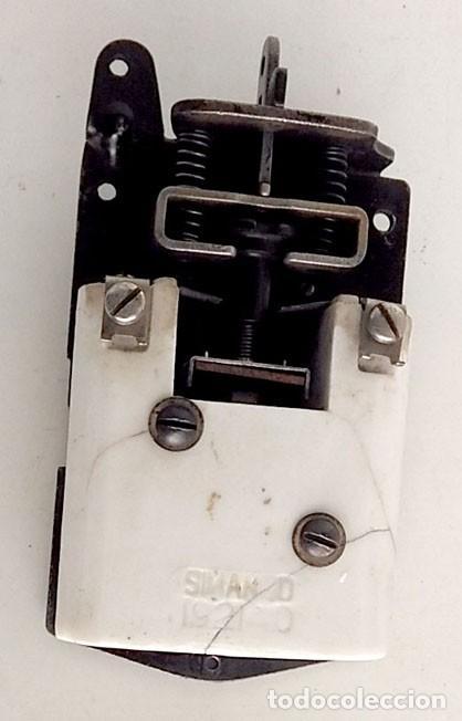 Antigüedades: ANTIGUO CONTROLADOR DEL MOTOR SIMANCO-SINGER MÁQUINA DE COSER - Foto 2 - 146033534