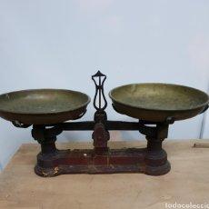 Antigüedades: BALANZA DE PLATOS. Lote 146041018