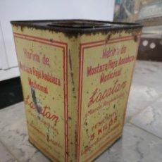 Antigüedades: CAJA METALICA LACATAN, HARINA DE MOSTAZA ROJA ANDALUZA MEDICINAL, GRANDE, MUY RARA. Lote 146433698
