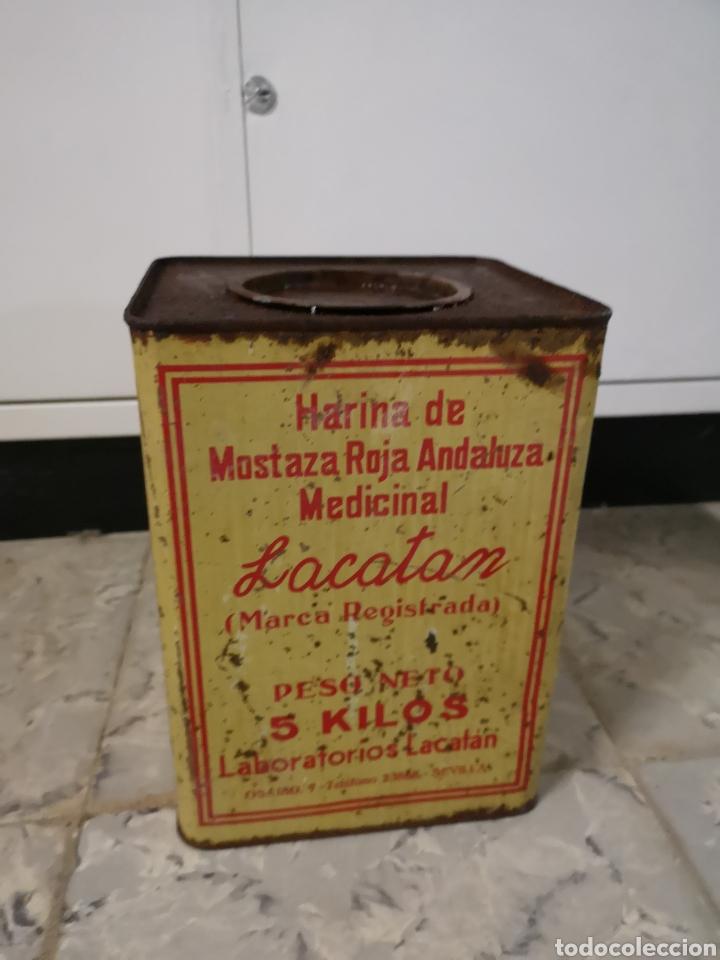 Antigüedades: CAJA METALICA LACATAN, HARINA DE MOSTAZA ROJA ANDALUZA MEDICINAL, GRANDE, MUY RARA - Foto 2 - 146433698