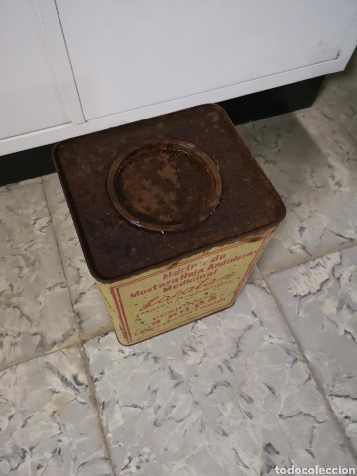 Antigüedades: CAJA METALICA LACATAN, HARINA DE MOSTAZA ROJA ANDALUZA MEDICINAL, GRANDE, MUY RARA - Foto 3 - 146433698