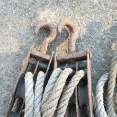 Antigüedades: ANTIGUAS POLEAS CON CUERDA, PARA TENSAR ALAMBRADOS O SIMILARES. Lote 146640726