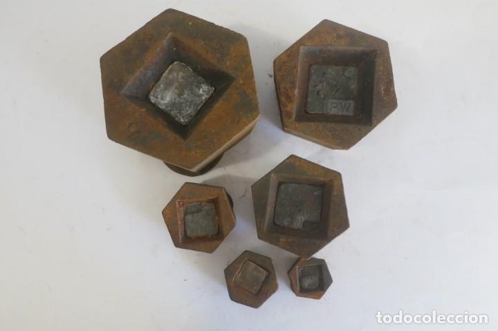 Antigüedades: lote de pesas Exagonales para balanza - Foto 4 - 146879134