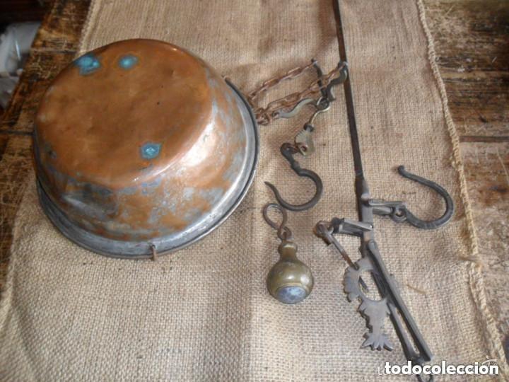 ROMANA DE HIERRO Y BRONCE SIGLO XIX (Antigüedades - Técnicas - Medidas de Peso - Romanas Antiguas)