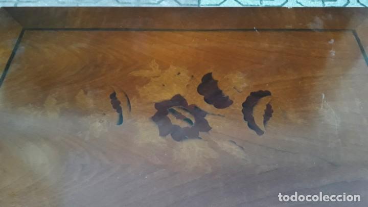 Antigüedades: Costurero antiguo estilo isabelino. Mueble costurero o joyero antiguo marquetería floral. - Foto 7 - 147100318