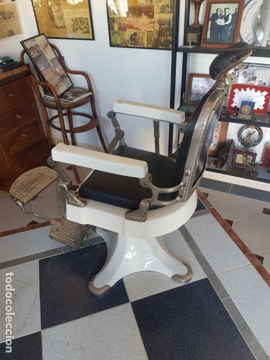 Antigüedades: Sillónes de barbero TRIUMPH - Foto 2 - 147136062