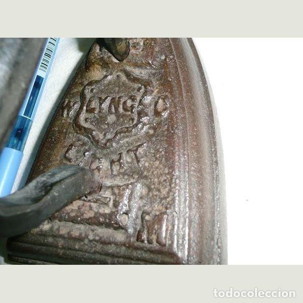 Antigüedades: Lote de cinco planchas antiguas de hierro - Foto 4 - 147230782