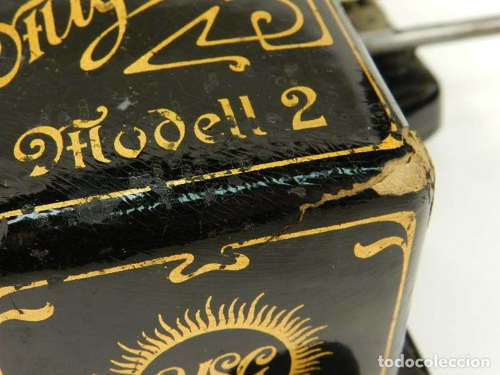 Antigüedades: MAQUINA DE ESCRIBIR MIGNON Nº2 AÑO 1905 TYPEWRITER SCHREIBMASCHINE - Foto 5 - 147249874