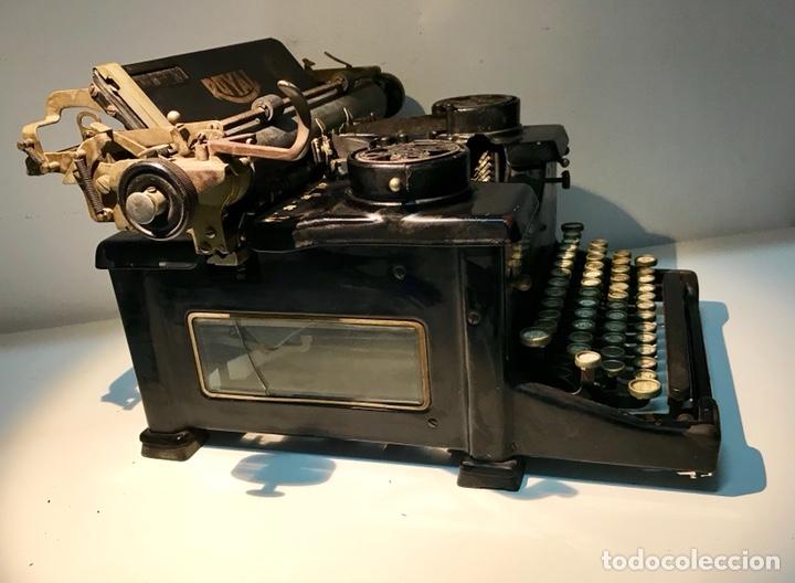 Antigüedades: Antigua máquina de escribir Royal, Trust mecanográfico de Madrid. 1923-24 aprox. - Foto 4 - 147318354