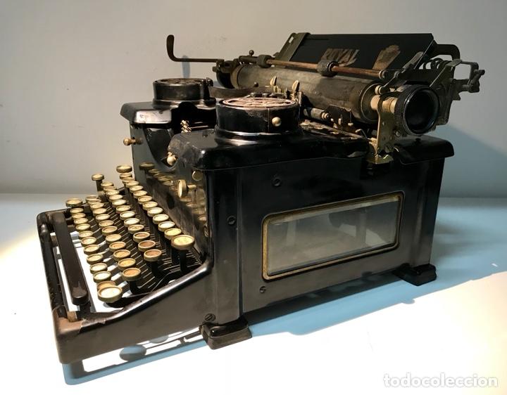 Antigüedades: Antigua máquina de escribir Royal, Trust mecanográfico de Madrid. 1923-24 aprox. - Foto 16 - 147318354