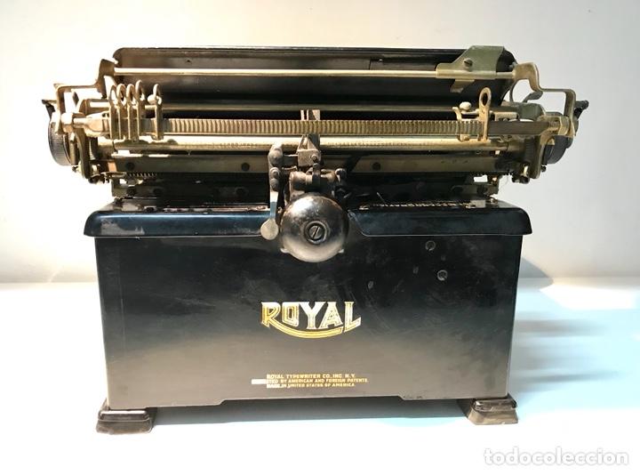 Antigüedades: Antigua máquina de escribir Royal, Trust mecanográfico de Madrid. 1923-24 aprox. - Foto 23 - 147318354
