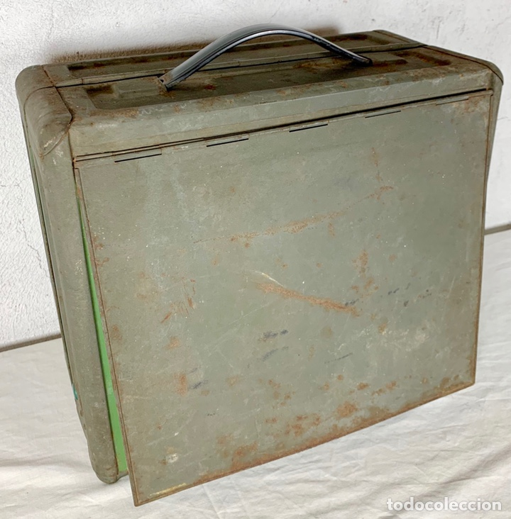 Antiquitäten: Curiosa maquina de coser ELNA de campaña militar, años 40 - 50 - Foto 4 - 147431010