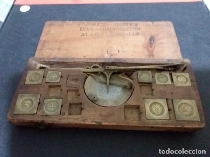Antigüedades: Balanza quilatera para oro siglo XVII-XVIII - Foto 4 - 147758790