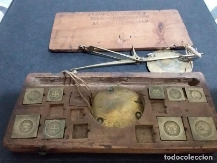 Antigüedades: Balanza quilatera para oro siglo XVII-XVIII - Foto 5 - 147758790
