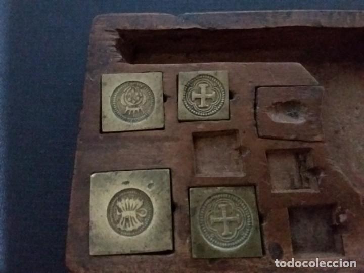Antigüedades: Balanza quilatera para oro siglo XVII-XVIII - Foto 7 - 147758790