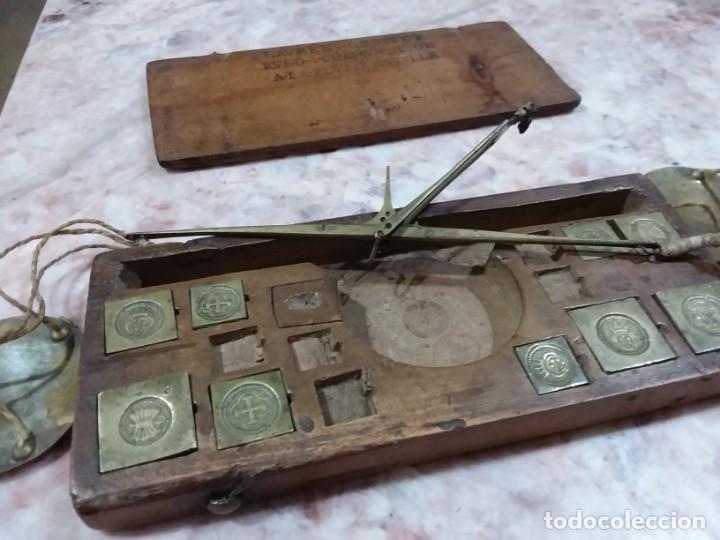 Antigüedades: Balanza quilatera para oro siglo XVII-XVIII - Foto 12 - 147758790