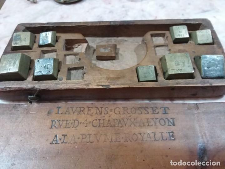 Antigüedades: Balanza quilatera para oro siglo XVII-XVIII - Foto 32 - 147758790