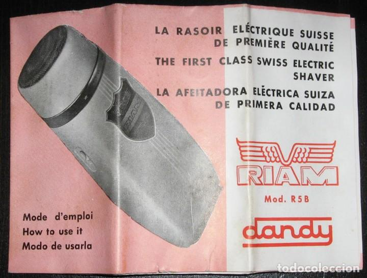 Antigüedades: MAQUINILLA DE AFEITAR ELÉCTRICA PARA COCHE A 6/12 VOLTS. RIAM, BARCELONA,1960. CAJA E INSTRUCCIONES. - Foto 7 - 147841914