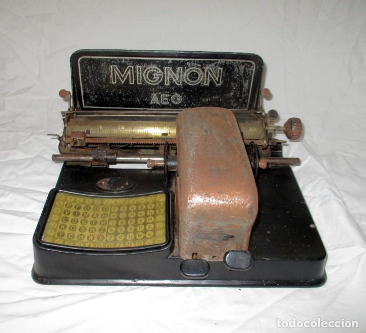 MÁQUINA DE ESCRIBIR AEG MIGNON PARA RESTAURAR O PIEZAS. ORIGINAL DE LOS AÑOS 20. (Antigüedades - Técnicas - Máquinas de Escribir Antiguas - Mignon)