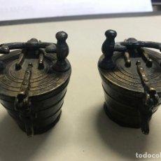 Antigüedades: PESAS ANTIGUAS PARA BALANZA Y PESADA DEL AZAFRÁN. Lote 147895630