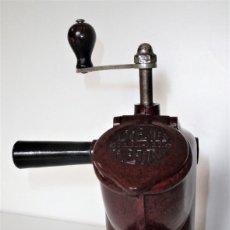 Antigüedades: EXCEPCIONAL MOLINILLO DE CAFÉ MARCA DIENES. MODELO 411. ALEMANIA 1931/1937. Lote 147909954