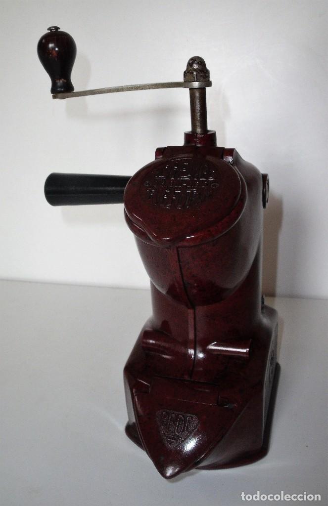 Antigüedades: EXCEPCIONAL MOLINILLO DE CAFÉ MARCA DIENES. MODELO 411. ALEMANIA 1931/1937 - Foto 3 - 147909954