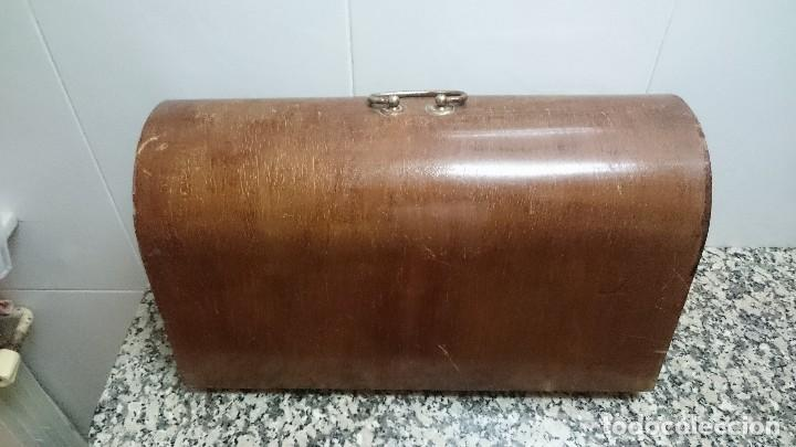 Antigüedades: TAPA MAQUINA DE COSER REFREY - Foto 7 - 147918602