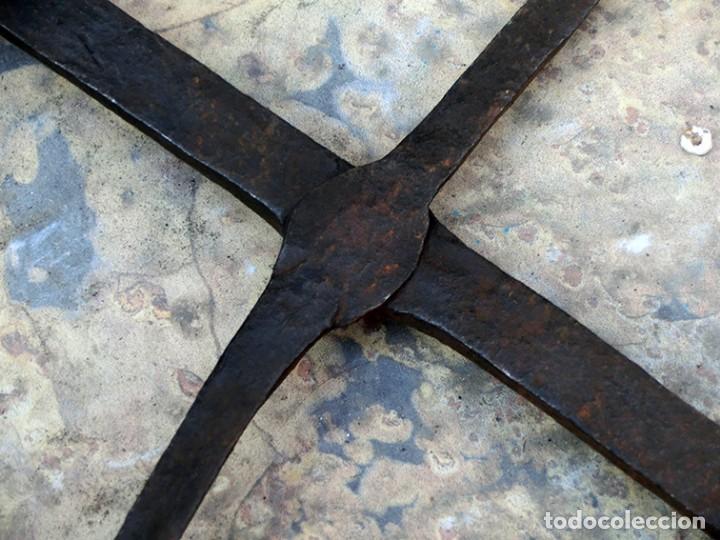 Antigüedades: ANTIGUO Y BONITO HIERRO FORJADO - GANCHO - ESLABONES - ANILLA - PIEZA DECORATIVA - ARTESANÍA RÚSTICA - Foto 14 - 147950578