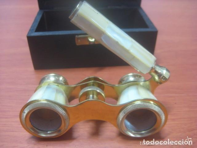 BONITOS BINOCULARES-PRISMATICOS-IMPERTINENTES DE TEATRO EN NACAR CON MANGO (Antigüedades - Técnicas - Instrumentos Ópticos - Binoculares Antiguos)
