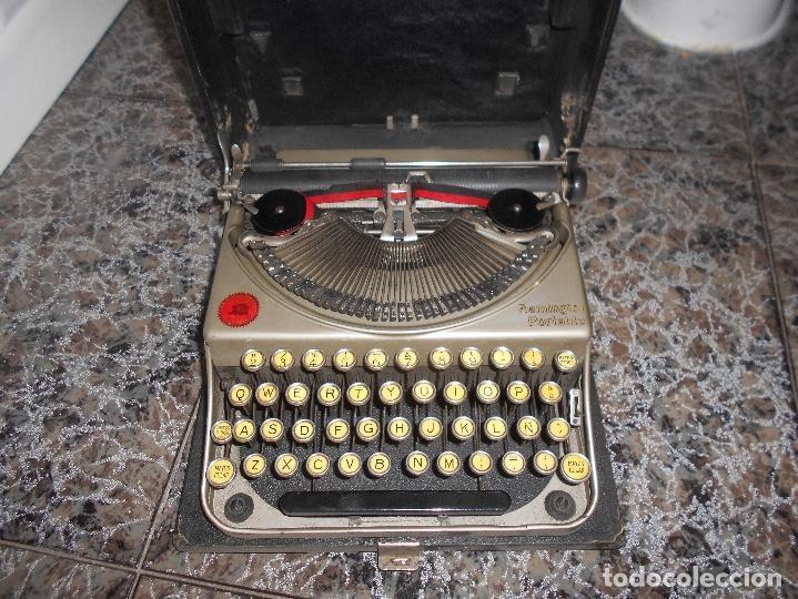Antigüedades: Antigua maquina de escribir portatil Remington Portable CREO MODELO 5 FUNCIONANDO - Foto 2 - 148023942